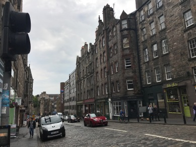 A very classic look for a street throughout Edinburgh.